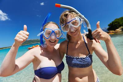 石垣島でダイビングを楽しむ